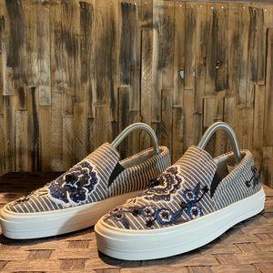 Nine West Floral Slip On Sneaker Size 7.5